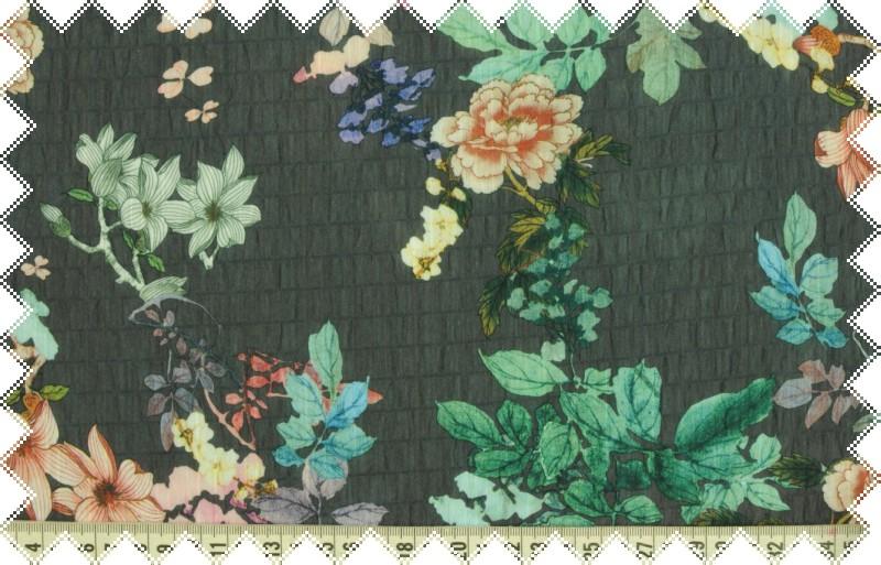 Tmavě šedá krešovaná splývavá šatovka s jemnými květy š.140 cm