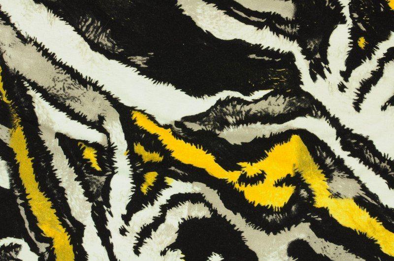 Černo- bílý úplet se zvířecím vzorem v kombinaci se žlutou, š.160 cm